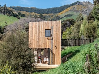 Bellbird Bach - Akaroa Holiday House