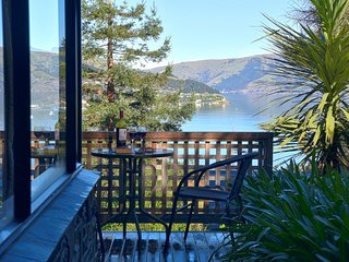 Woodside Cottage - Akaroa Holiday Home