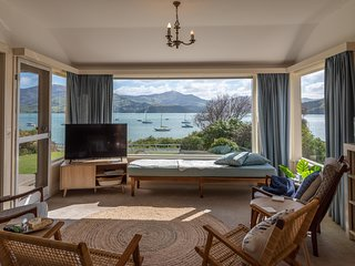 Akaroa Waterfront - Akaroa Holiday Home