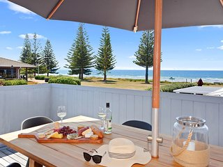 Salt Water Cottage - Ohope Beach Bach, Abel Tasman National Park