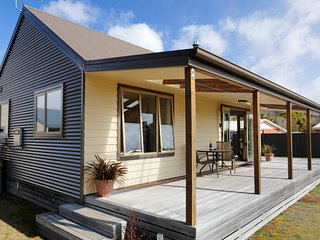 The Wallow - Manapouri Holiday Home