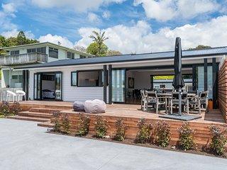 Pour d Vino - Waipu Cove Holiday Home