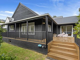 La Petite Maison - Akaroa Holiday Home