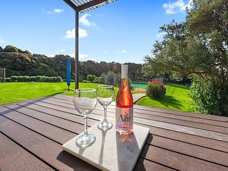 Courtside Quarters - Waihi Beach Holiday Home