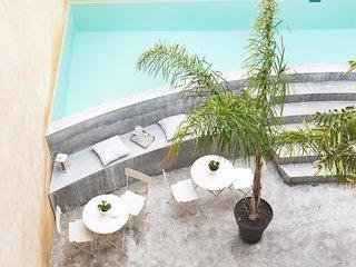 Casa d'arte Ugdulena with terrace and pool