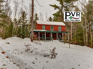 Private, Peaceful, Updated 2BR Near Skiing - Discount Lift Tickets!