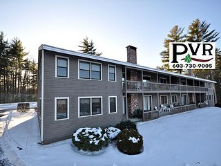 2BR Condo 2 Min to Cranmore,1 Min to N.Conway Village! Discount Lift Tickets!
