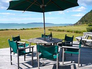 Matarangi Ocean Views - Matarangi Holiday Home