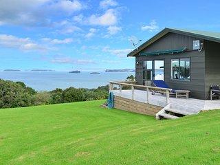 Oceans Escape - Tawharanui Holiday Home