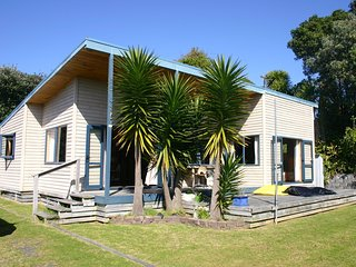 Sunshine Stay - Waihi Beach Holiday Home