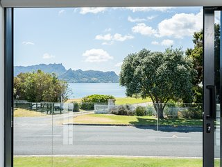 Harbour View Magic - One Tree Point Holiday Home