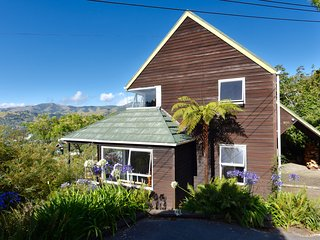 Alymerton - Akaroa Holiday Home