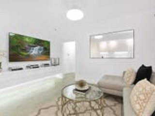 Luxury Escape, in Bellevue Hill Apartment, vacation rental in Malabar