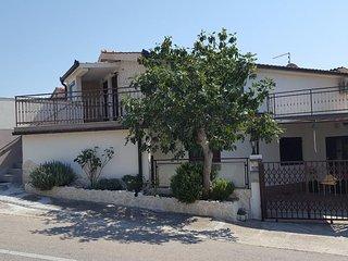 One bedroom apartment Seget Vranjica (Trogir) (A-17923-b)