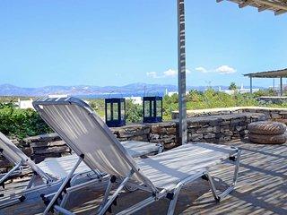 Villa Daphne  . Gorgeous Villa - an oasis for 8 people