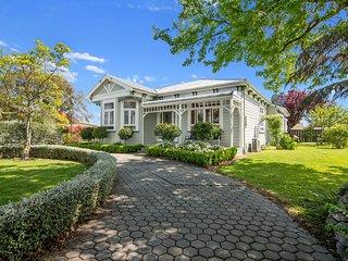 Maple Villa - Blenheim Holiday Home, Abel Tasman National Park