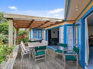 Shamrock Lodge - Lake Taupo Holiday Home