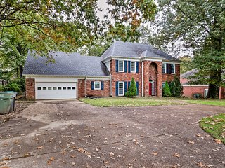 Pet-Friendly House < 5 Miles to Shelby Farms Park!