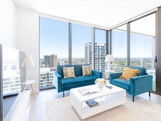 New Luxury Designer apt at Darling Harbour