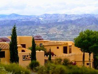 Casa Las Cordilleras / VTAR/AL/00377