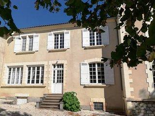 Gite Apartment Vue du Chateau D'Excideuil