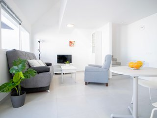 Renovated Apartment with terrace next to Anfi