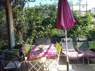 Appartement en centre-ville+garage +grande terrasse +Wi-Fi