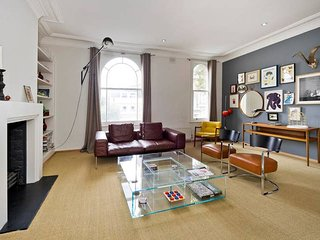 Long Stay Discounts - Trendy, Fun 2-Bed in Chelsea