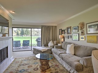 Bright & Airy Napa Condo w/Patio on Golf Course!