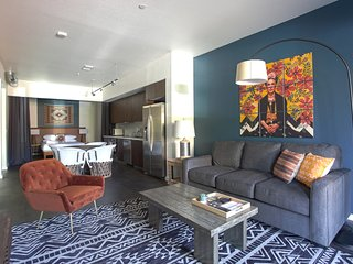 WanderJaunt | Puffin | 2BR |  Downtown San Diego