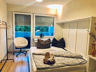Smart Room near Audi-Forum