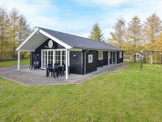 Awesome home in Glesborg w/ Sauna and 3 Bedrooms (D74046)