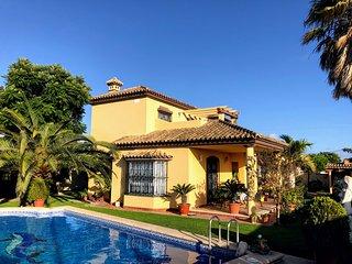 Espectacular casa con piscina privada