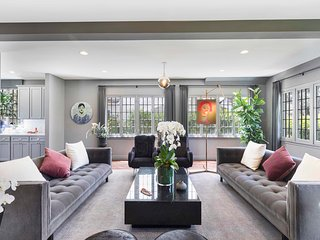 Veeve - Contemporary Oasis in Mid-City