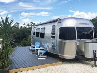 Airstream in Mint Condition / 23 ft - Water View!