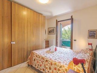 Beautiful home in Pesaro -PU- w/ 2 Bedrooms