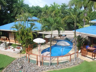 Beach Vacation Home, Pool Oasis Tango Mar Resort, 2 homes Tambor Costa Rica