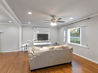 GORGEOUS 3 BEDROOM VACATION HOME CLOSE TO DOWNTOWN ATLANTA