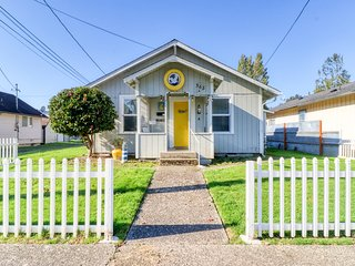 NEW LISTING! Beachy duplex cottage w/ 2 living spaces & central location!