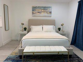 Recently Renovated Studio Apartment - Unit #20B