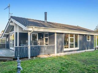 Stunning home in Væggerløse w/ 3 Bedrooms (K13811)