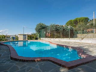 Villa Valentini - Independent farmhouse with pool and tennis court