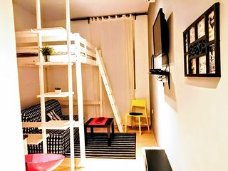 Cosy studio Adro in Center Of Zagreb, with the private parking,