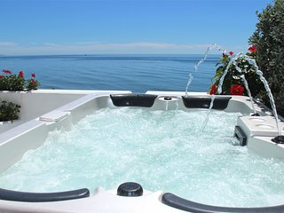 Luxury Apartment With Jacuzzi 'The Waterfront'