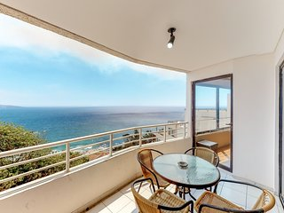 Gorgeous oceanfront condo with a shared pool - blocks from the beach!
