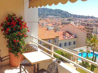 Apartment with balcony, sea view and pool in a quiet area - Destination Cannes