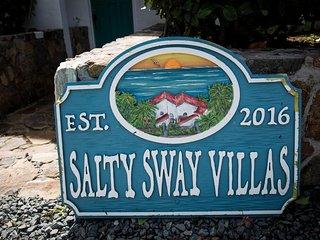 Spacious Southside Oceanfront Villa- Salty Sway II
