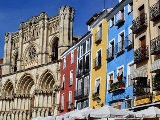 Apartamento en Plaza Mayor - Disfruta de Cuenca desde el corazón de su historia