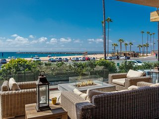 Breakers Manor, right on Big Corona Beach!
