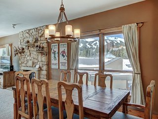 Ten Mile Condo - Beautiful Views of the Slopes - Ski In & Ski Out